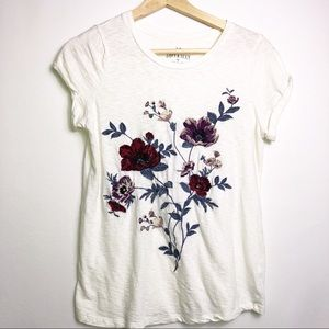 AE Soft And Sexy Embroidered Floral T Shirt XS